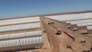 Panel surya di Maroko