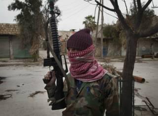 Повстанец-туркоман в Алеппо, январь 2013 года