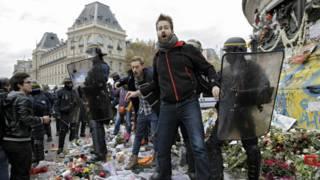 Арест демонстрантов в Париже
