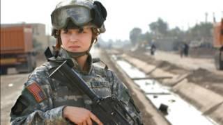 Женщина - военнослужащая, армия США
