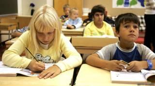 Por que a Finlândia está mudando 'um dos melhores sistemas de educação do mundo'?