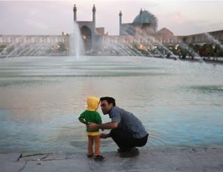 Иран: отец с сыном