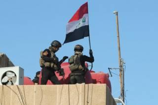 Флаг Ирака над Рамади
