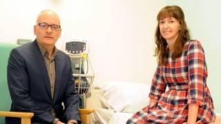 تكريم الأطباء والممرضات الذين شاركوا في مكافحة الإيبولاِ