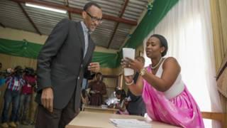 رواندا: كاغامي يترشح لفترة رئاسية ثالثة