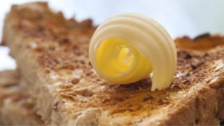 Comer manteiga e gorduras saturadas faz mesmo mal à saúde?