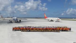 周三中國政府徵用兩架民航客機,完成往返海南島與南海永暑礁新建機場的試飛