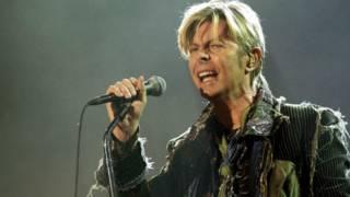 10 canciones emblemáticas de David Bowie: escúchalas y escoge la tuya