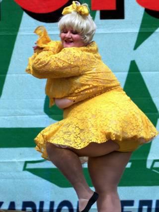 Тучная танцовщица