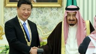 中国国家主席习近平同沙特阿拉伯国王萨勒曼举行会谈。