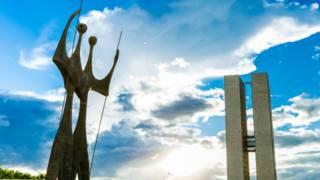Crise política derruba Brasil para sua pior posição em ranking de qualidade democrática