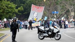 Manifestación contra Obama