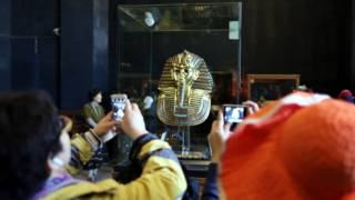 посмертная маска фараона Тутанхамона