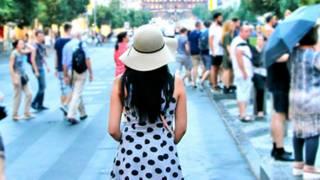 'Como viajei pelo mundo com pouco dinheiro e um passaporte problemático'