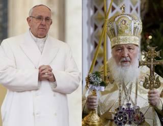 Папа Римский Франциск (слева) и Патриарх Московский и всея Руси Кирилл