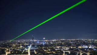 Лазерный луч