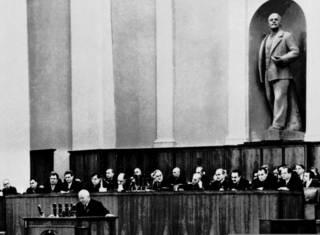 Доклад о культе личности и роль Хрущева