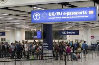 паспортный контроль в Британии