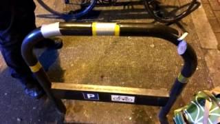 Ladrões usam 'golpe do suporte' para furtar bicicletas em Londres