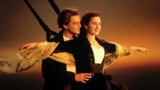 """Знаменитая сцена из """"Титаника"""" Джеймса Кэмерона"""