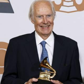 Sir George Martin nhận giải Grammy 2008