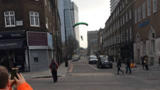 Прыжок с лондонского небоскреба Shard