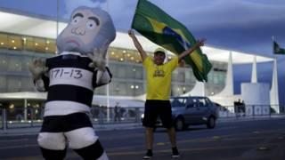 Tensão, reuniões com PM e guarda-costas para Pixuleco: os bastidores dos protestos deste domingo