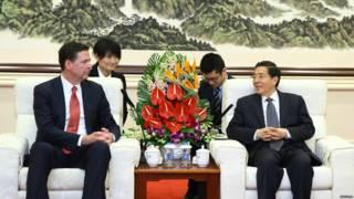 中国公安部长郭声琨星期一(3月14日)在会见到访的美国联邦调查局(FBI)局长科米