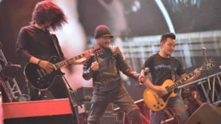 Trần Lập và ban nhạc rock Bức tường