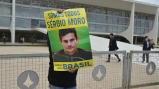 Sergio Moro: Herói anticorrupção ou incendiário?