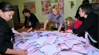 на избирательном участке в Астане идет подсчет голосов