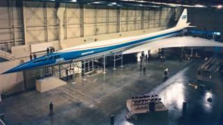 Un modelo tamaño real del Concorde estadounidense