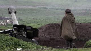 Солдат в Нагорном Карабахе