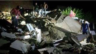 Разрушения после землетрясения в Эквадоре