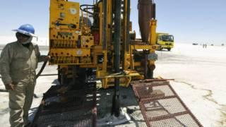 "La fiebre del litio: la bonanza global del ""petróleo blanco"" que impacta en América Latina"