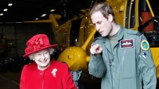 Королева Елизавета II и принц Уильям