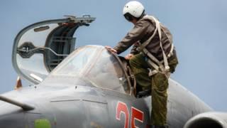 Российский пилот и самолет