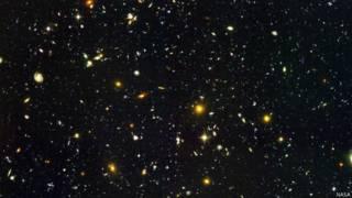 El video que te lleva en un instante desde un jardín en la Tierra hasta los confines del Universo