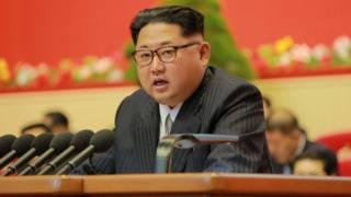 Kim Jong-un dijo que Corea del Norte sólo atacará si se siente amenazada.