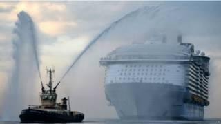 दुनिया का सबसे बड़ा क्रूज़ जहाज़