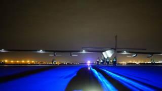 陽光動力號在俄克拉荷馬州的塔爾薩凖備起飛。