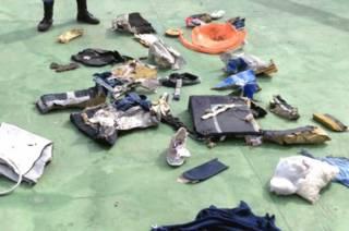 Обломки самолета EgyptAir