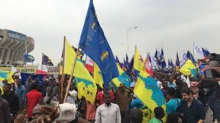Les militants de l'opposition dénoncaient aussi les massacres à Béni