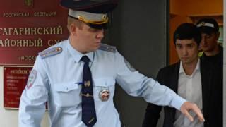 Шамсуаров на выходе из суда