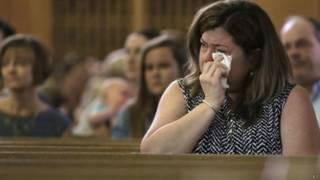 चर्च के बंद होने पर भावुक अनुयायी