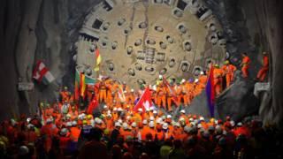 Готтардский железнодорожный тоннель и построившие его рабочие