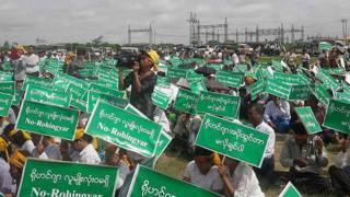Monks Rohingya