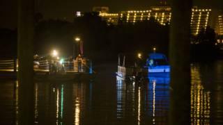 بحيرة ديزني لاند التي اختفى فيها الطفل بعد هجوم التمساح