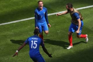 Франція вийшла у чвертьфінал Євро-2016