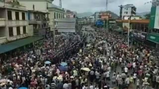 祿步鎮上聚集的群眾(網友提供圖片3/7/2016)